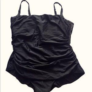 Miracle Suit One Piece Swimsuit Black Sz 24W